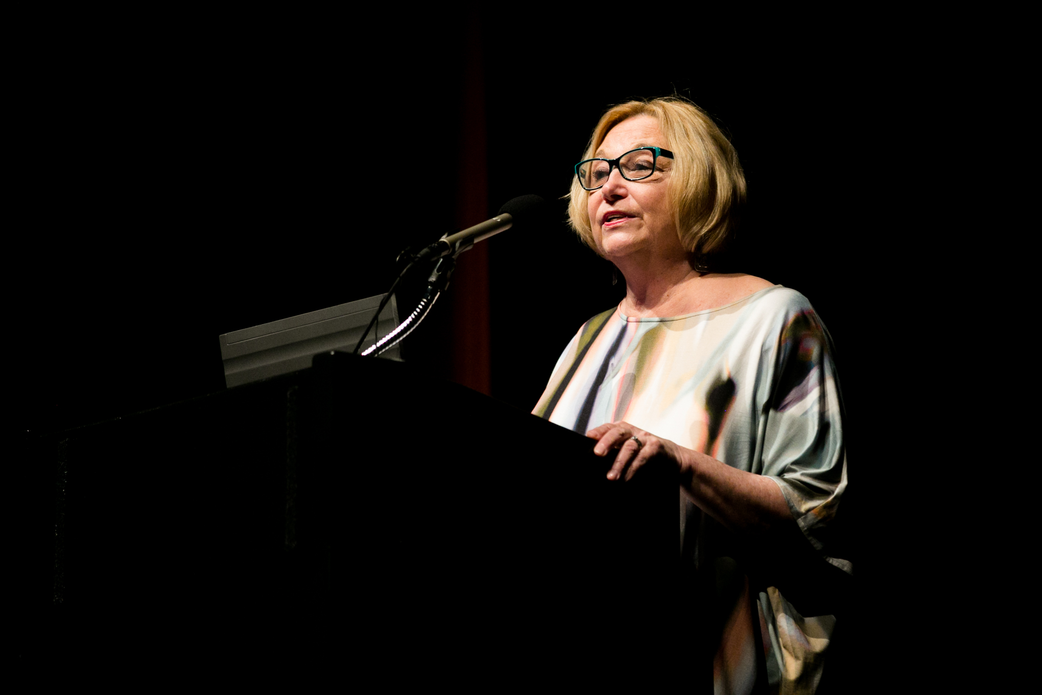 Poet Barbara Ras speaks about the challenges of crafting a poem. Photo by Kathryn Boyd-Batstone.