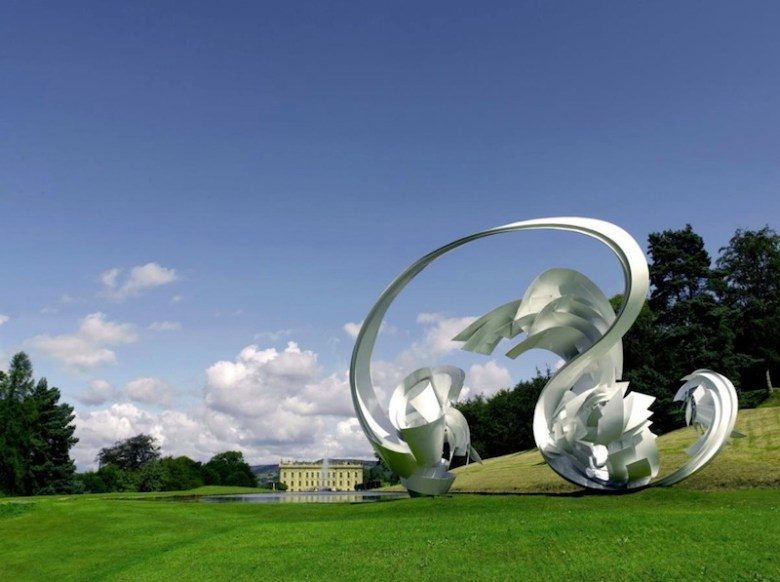 Hoop-La (2014) by Alice Aycock was temporarily installed at the Chatsworth House in Derbyshire, UK. Image courtesy of the artist.