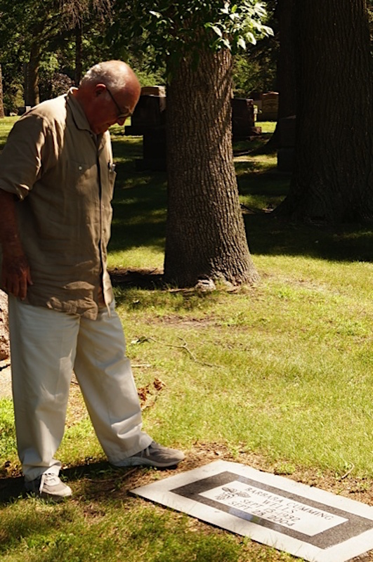 Dr. Ralph Wells visits the gravesite of his first wife, Barbara Cumming Wells.  Photo by Ruth Wells.