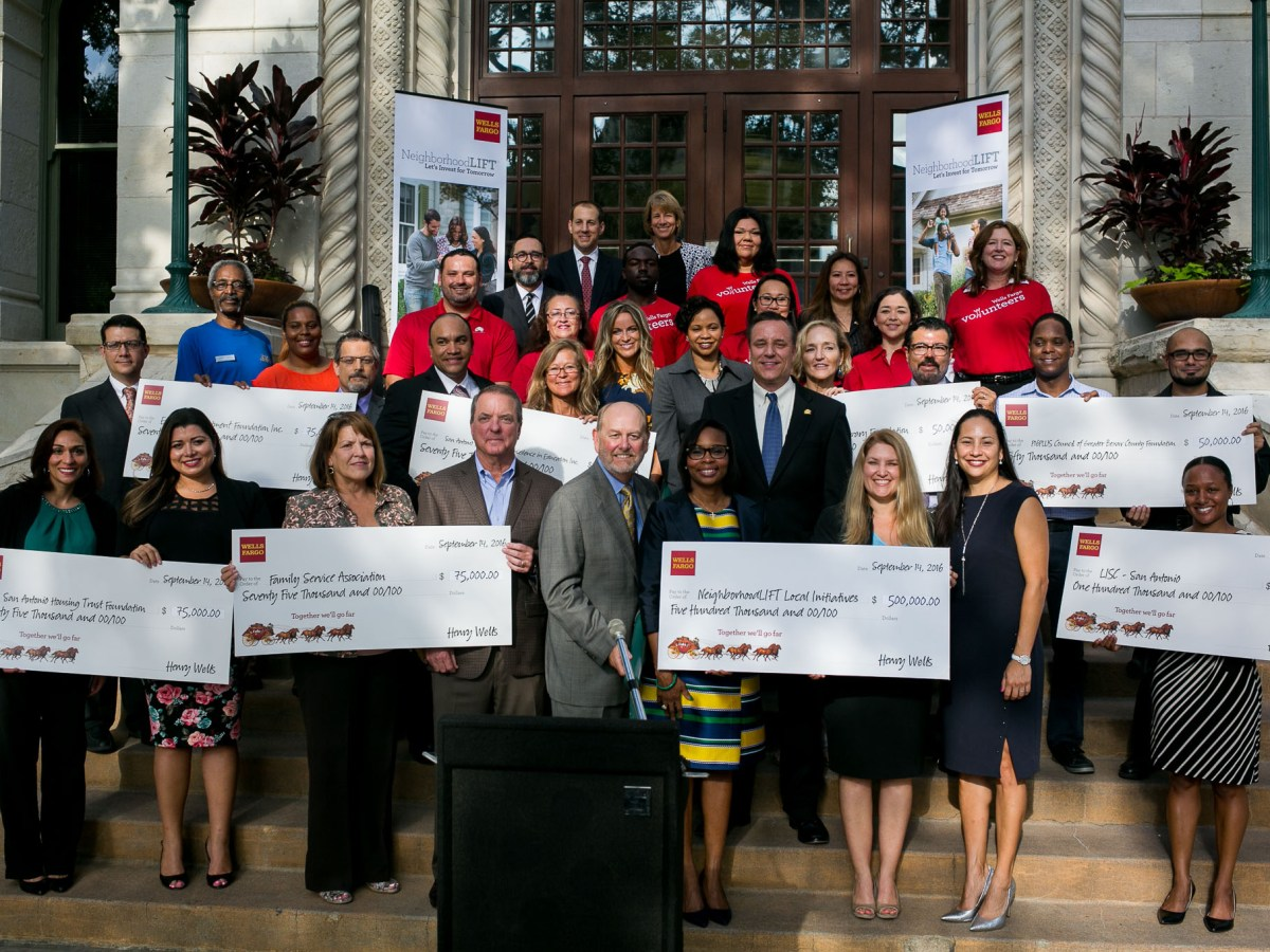 The 2016 Wells Fargo & NeighborhoodLIFT local initiatives grant recipients. Photo by Kathryn Boyd-Batstone.