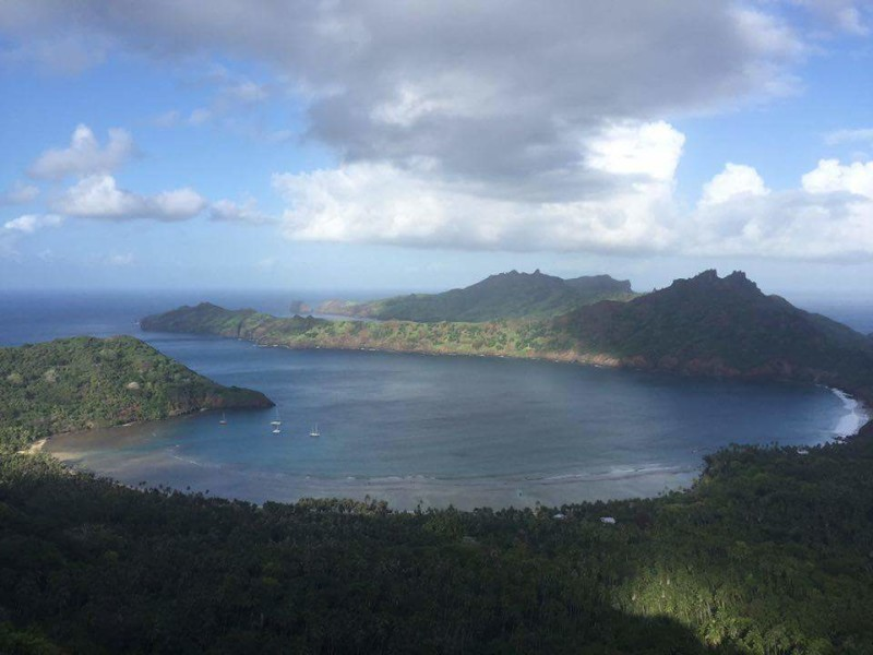 A view of Anaho Bay from the mountainside. Photo by Everett Redus.