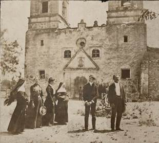 Mother St. Alphonse Brollier (near the middle) visiting San Jose Mission in 1882. Photo courtesy of the Sisters of Charity of the Incarnate Word.