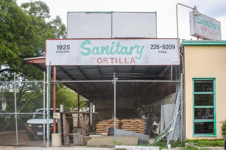 Sanitary tortilla, next to Ro-Ho Pork and Bread, has been in business for 91 years. Photo by Rocío Guenther.