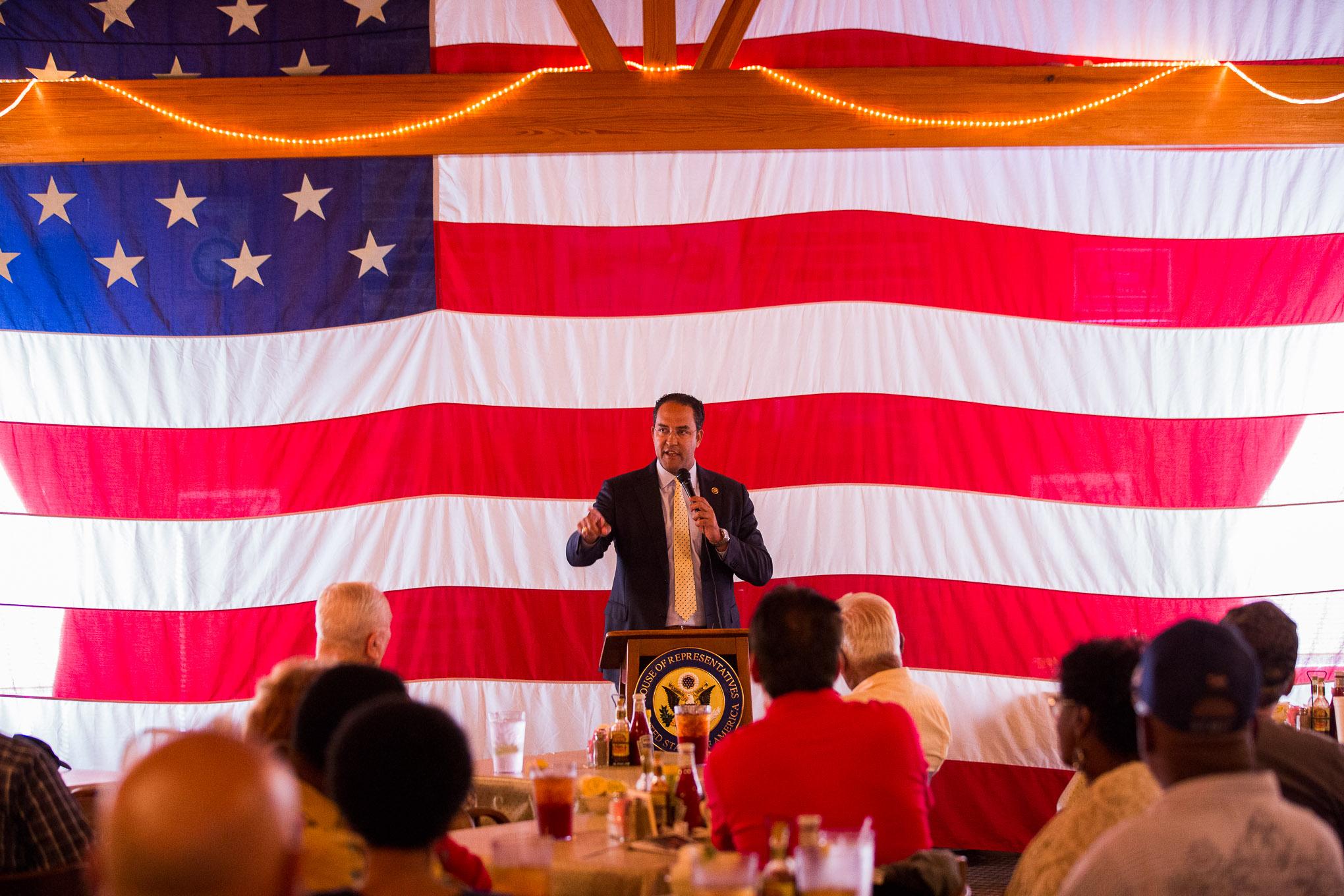 U.S. Rep. Will Hurd (R-San Antonio) thanks the Veterans for their service.