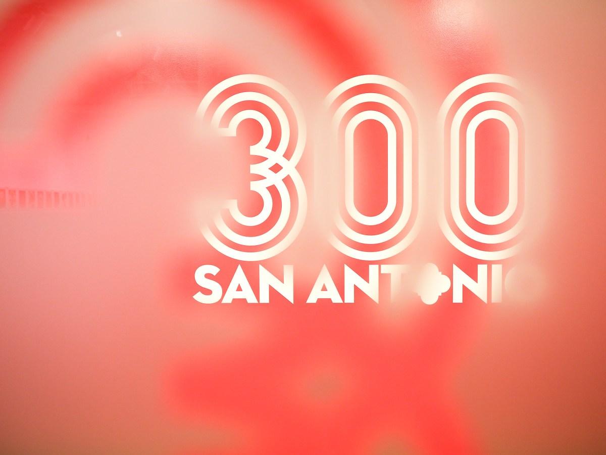 SA300 Tricentennial