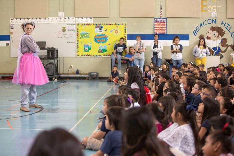 UTSA Music students perform 'Beautiful Dreamer' for Beacon Hill Elementary.