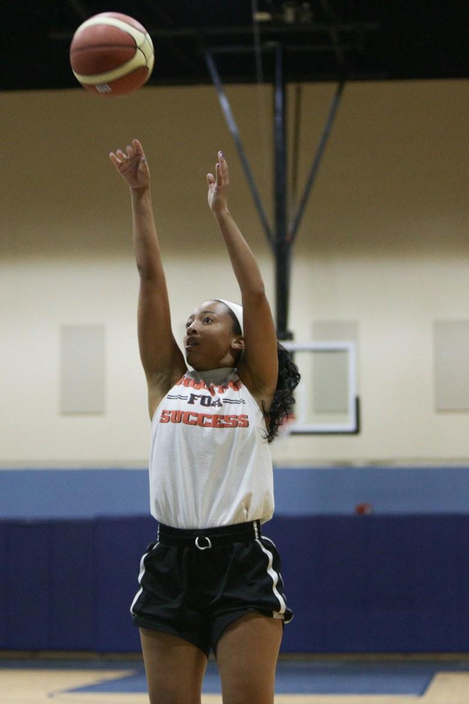 Mailee Jones practices her jump shot.
