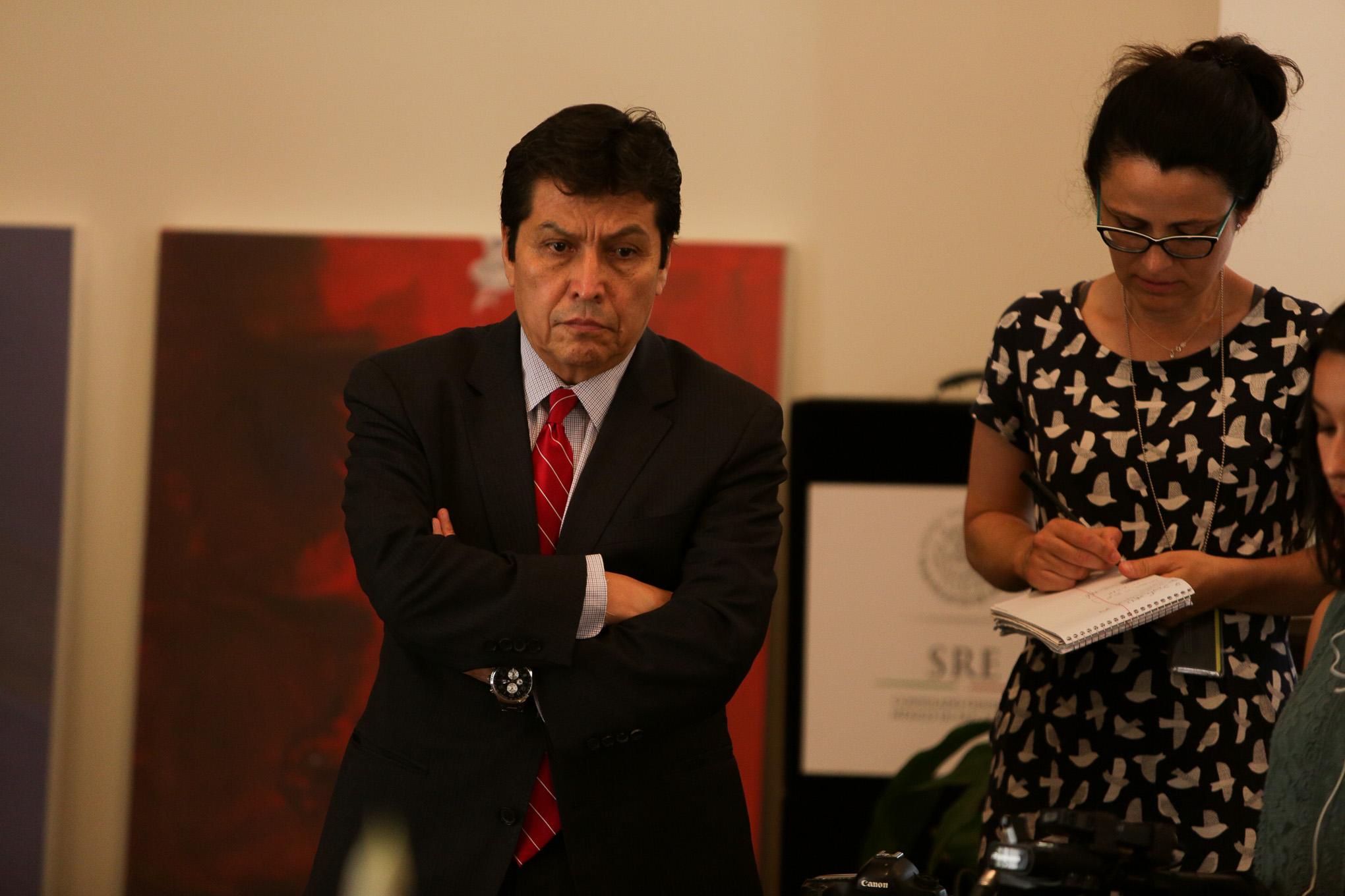 Consulate Official José Antonio Larios.
