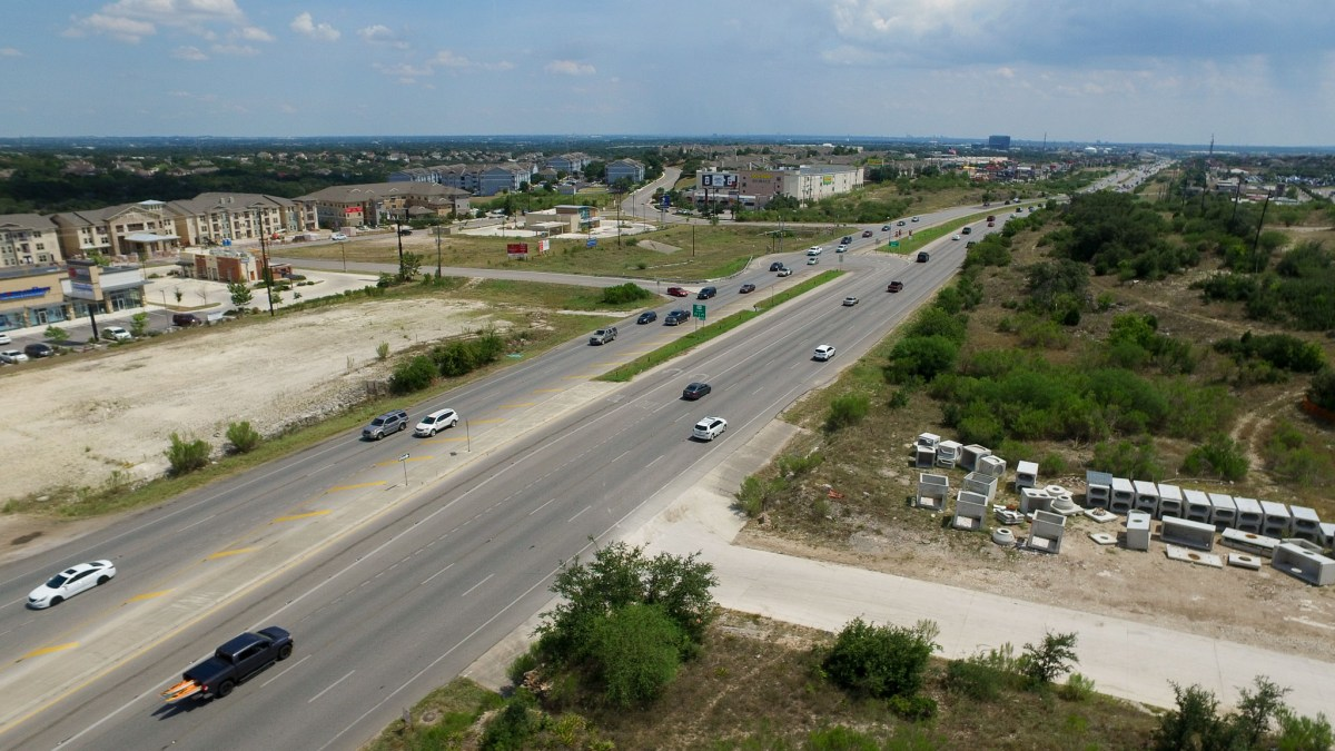 US Highway 281 and Stone Oak Parkway looking Southbound.