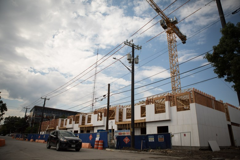 120 Ninth Street Apartments are under construction.