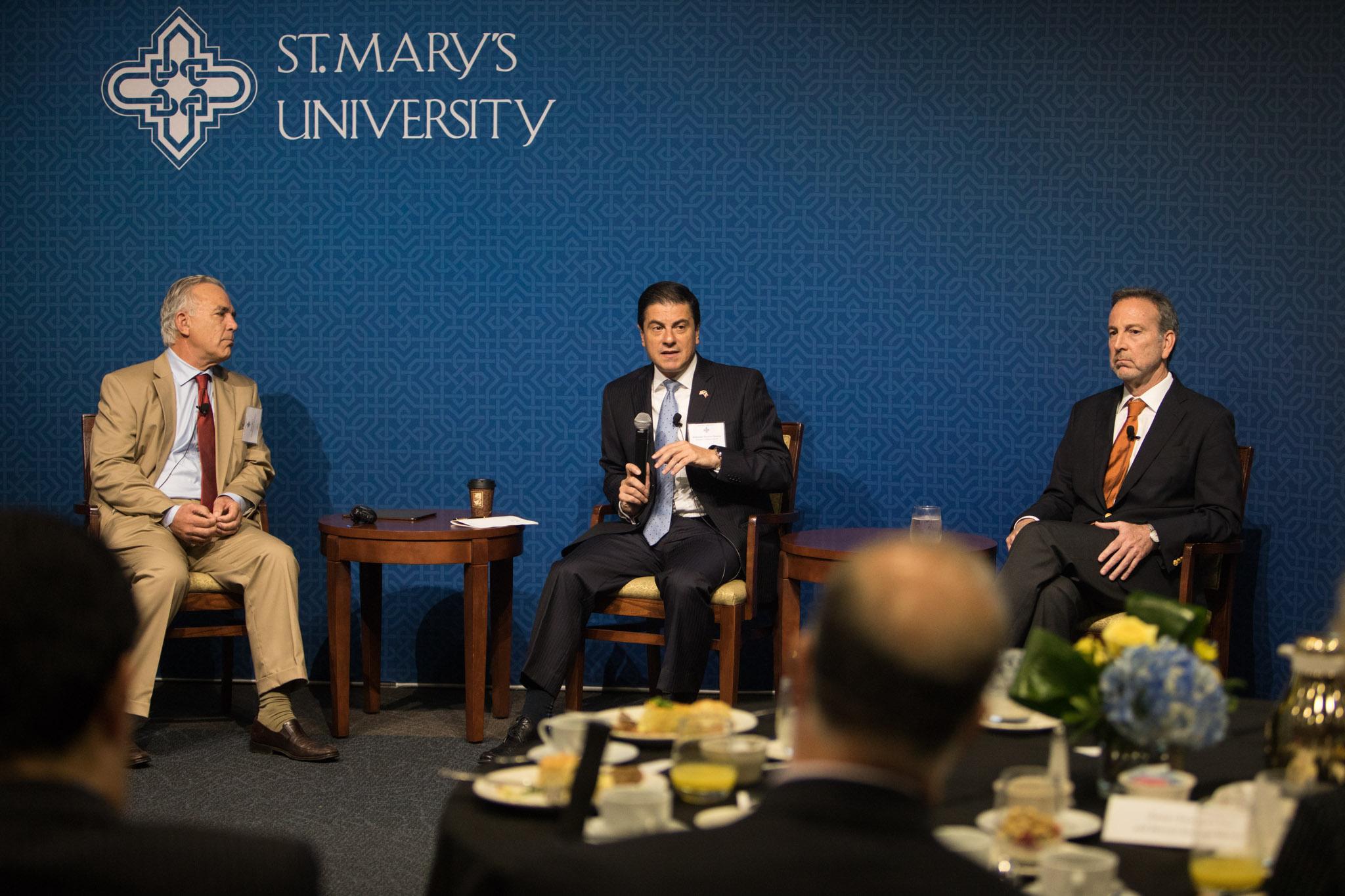 (From left) Rivard Report Director Robert Rivard moderates a panel featuring Ambassador of Mexico to U.S. Gerónimo Gutiérrez and Former U.S. Ambassador to Mexico Tony Garza at NAFTA 2.0: The Future of North American Trade at St. Mary's University.