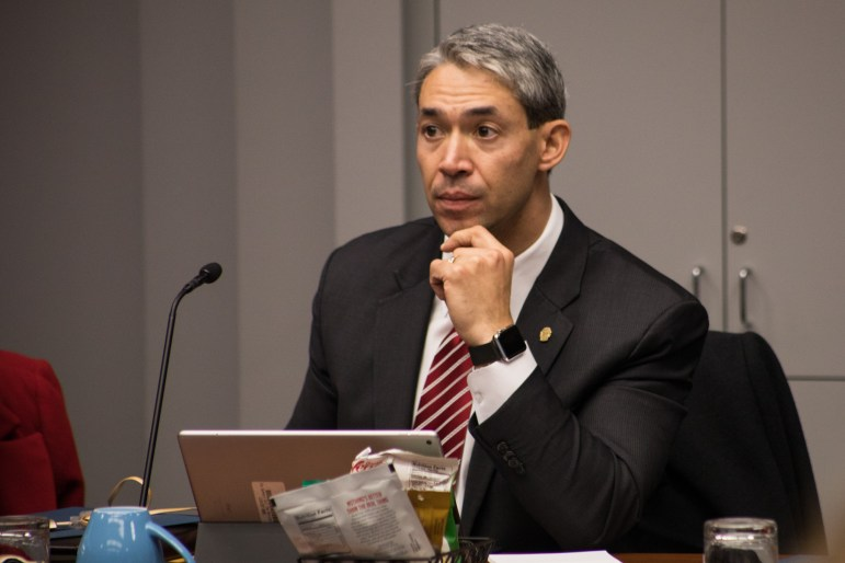 Mayor Ron Nirenberg listens to the Tobacco 21 proposal at B Session.