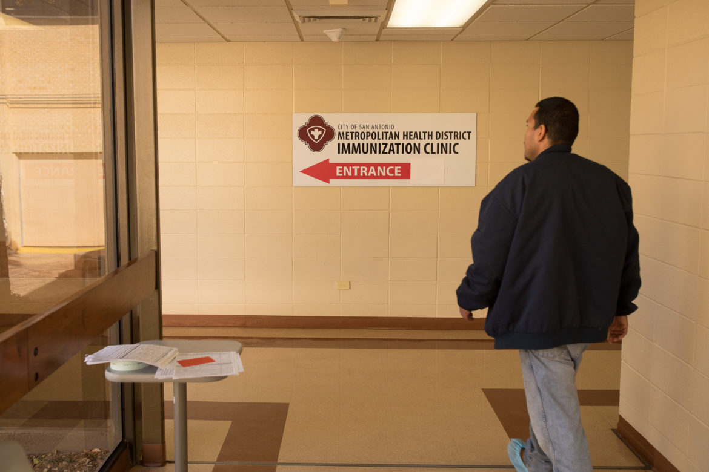 The San Antonio Metropolitan Health District is offering texas residents free flu shots as long as supplies last.