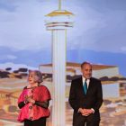 (From left) Sherry Kafka Wagner and Charles Gonzales enlighten the crowd on the history of Hemisfair.