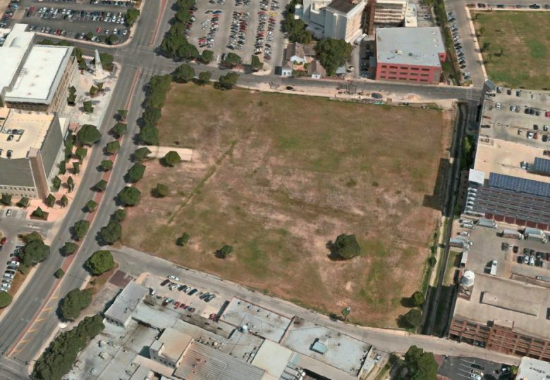 The site of the approved Federal Courthouse at 214 West Nueva Street