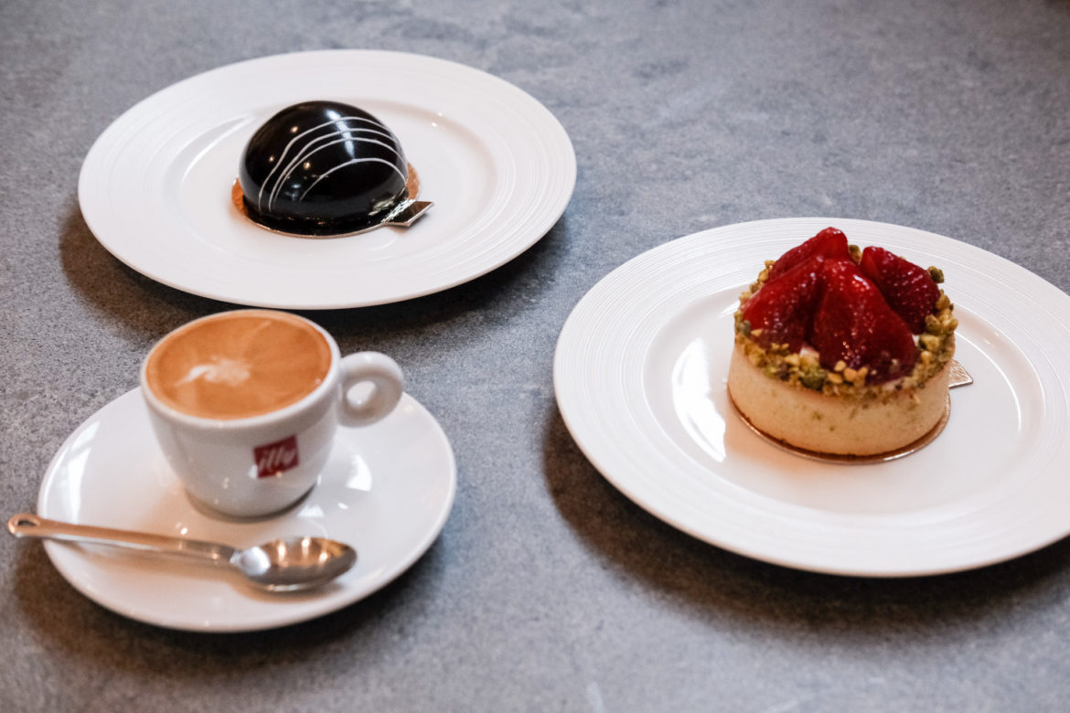 (from left) A cappuccino, xs cake, and fruit tart available at the Savor CIA popup bakery.