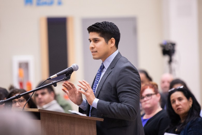 Councilman Rey Saldaña (D4) urges the South San ISD board to transform the school into a community center.