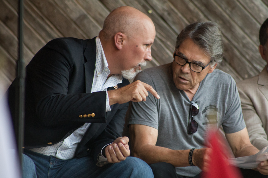 U.S. Rep. Chip Roy (R-Austin) and former Texas Gov. Rick Perry (right).