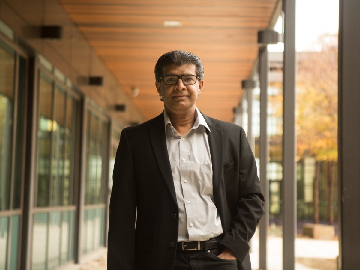 Mahesh Mohan received a $3.5 million grant from the National Institutes of Health.