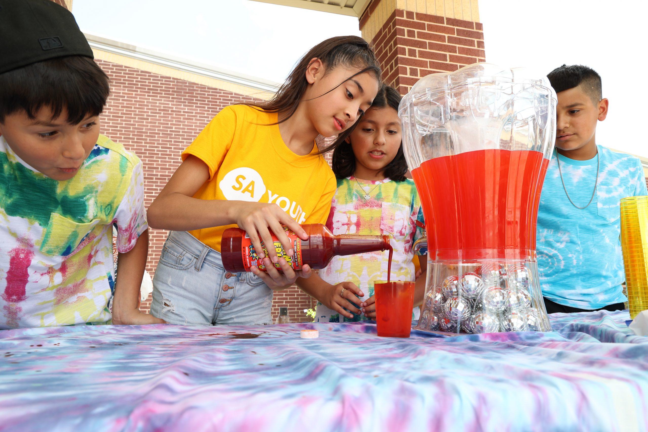South San ISD students earn money, learn business skills on Lemonade Day