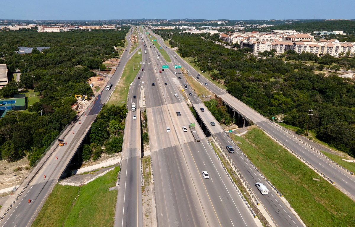 TXDOT started construction on the first segment of its Loop 1604 North expansion project on Monday.