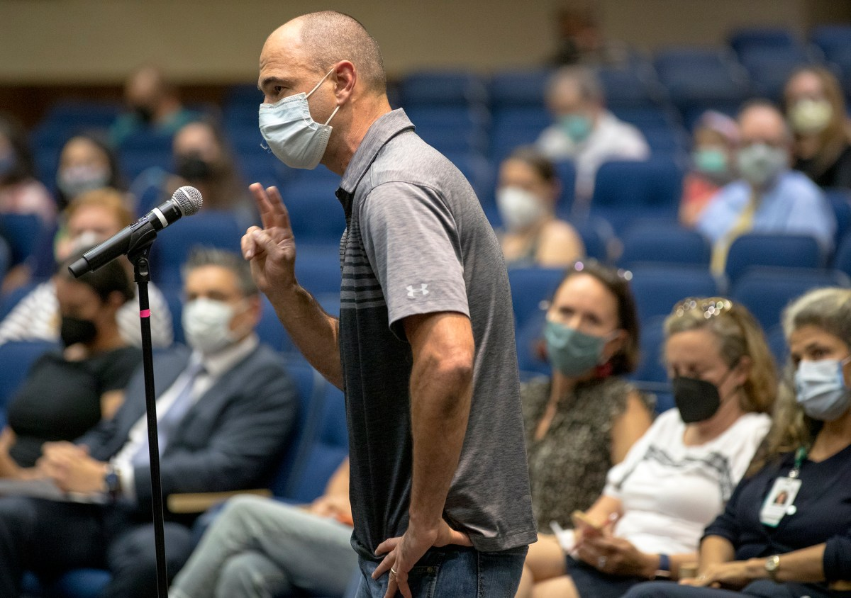 Dr. Timothy Baumgartner, MD, speaks in support of a mask mandate during an Alamo Heights school district board meeting on Tuesday.