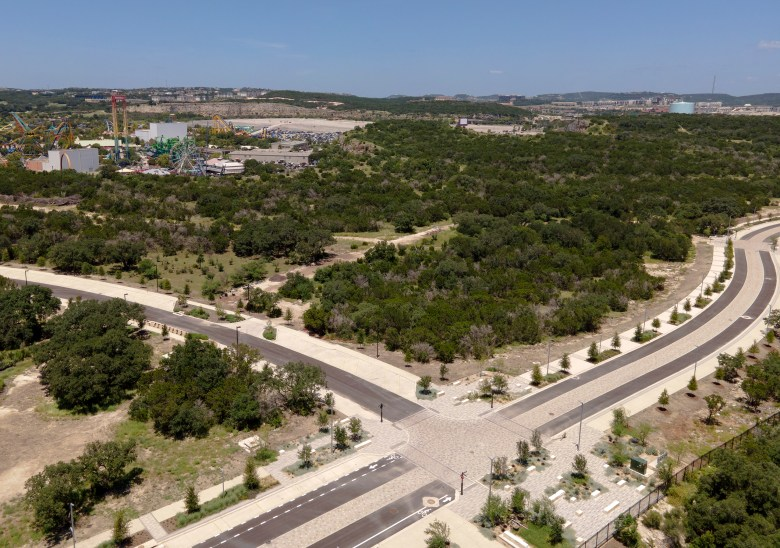 A new training center for the San Antonio Spurs and a human performance center in the far northwest of the city will occupy this strip of land near the Loop 1604 and Interstate 10 interchange.