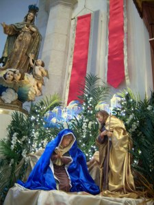 Photo of Mary and Joseph waiting for Baby Jesus to arrive.