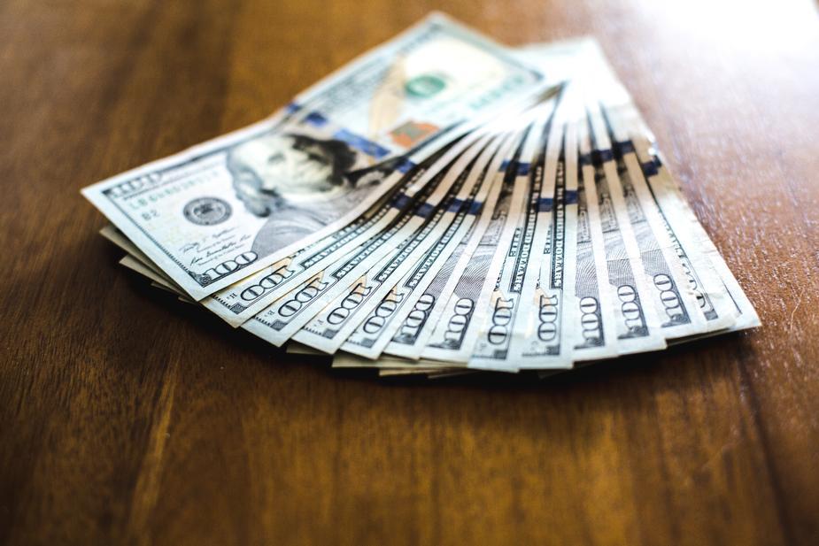 教你如何成為有錢人-《有錢人想的和你不一樣》