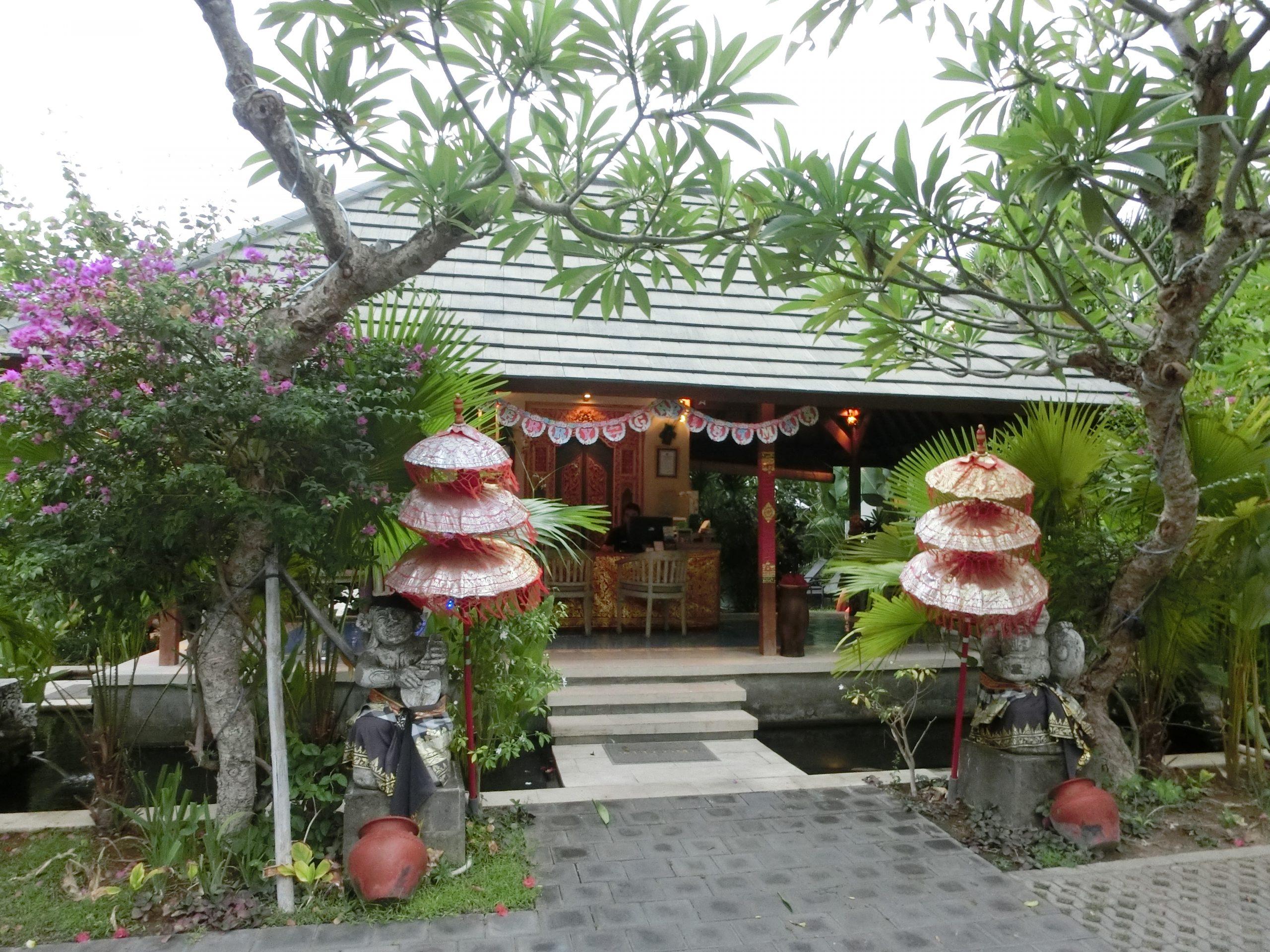 Read more about the article 峇里島住宿推薦-彭杜克薩拉別墅飯店(New Pondok Sara Villas)