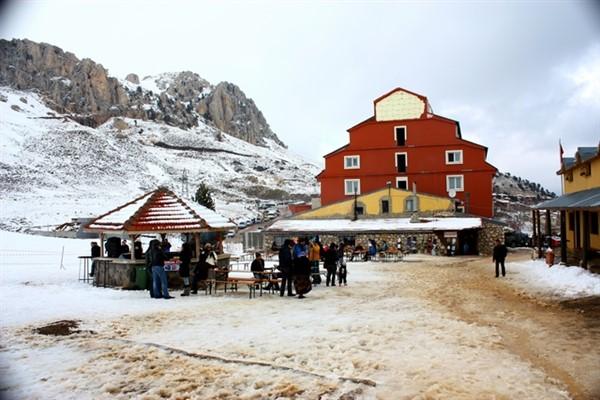 """Antalya'da Karlı günler için """"Saklıkent"""""""
