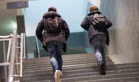 Numărul de infectări cu noul coronavirus nu a crescut după redeschiderea parţială a şcolilor în Danemarca