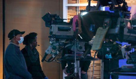 Fiecare echipă de filmare de la Hollywood va avea un consultant în COVID-19