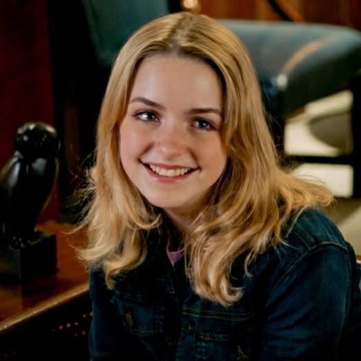 A evolução de Paige Swanson até a 5ª temporada de Young Sheldon