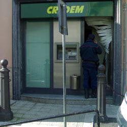 S. Bartolomeo: furto di 30mila euro al bancomat della banca