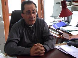 Don Franco denuncia ancora: ambulanza negata da ASL e Provincia