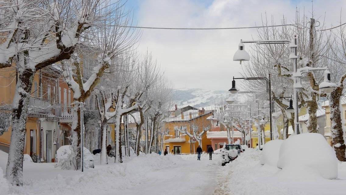 Emergenza neve. Scuole chiuse in molti comuni della Provincia