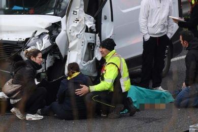 Muore in superstrada davanti alla moglie