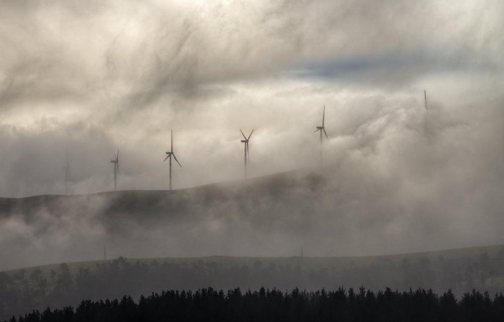 Agostinelli: «Pronti a variante sul Puc per cambiare aree destinate all'eolico»