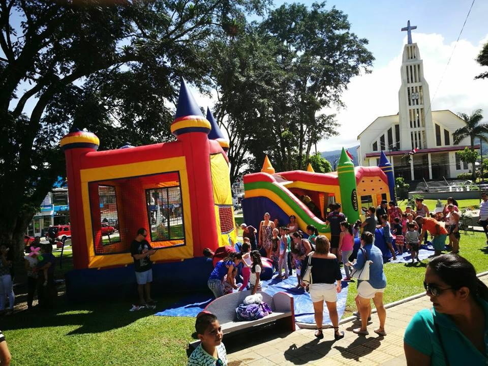 Fiesta para 1.000 niños en el Parque de Ciudad Quesada