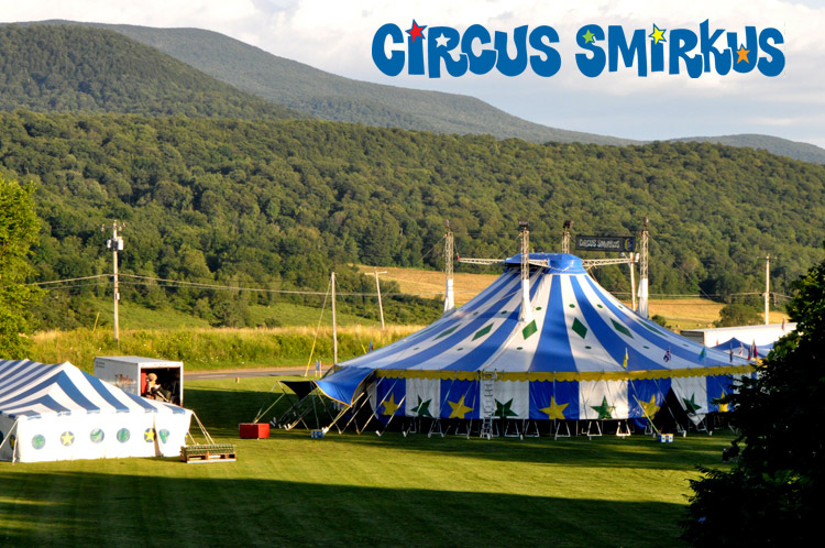 smirkus-tent2-1sm-with-logo