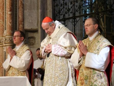2017.04.30.-Priesterweihe-P.-Florian-und-P.Philemon-25-von-39