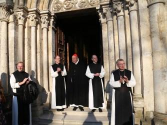 2017.04.30.-Priesterweihe-P.-Florian-und-P.Philemon-b14-1-von-1