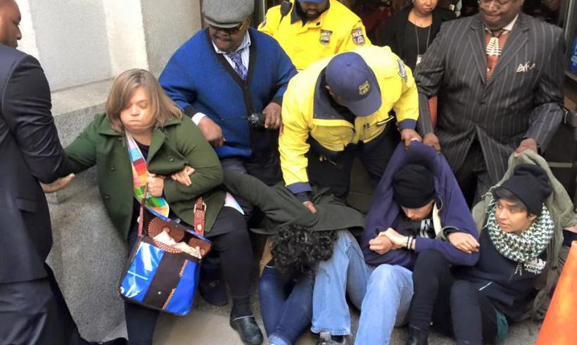 Civil Disobedience at City Hall: We shut it down!