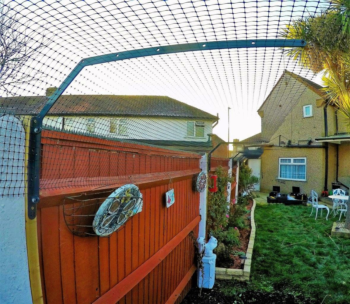 Cat proof fencing barriers in London