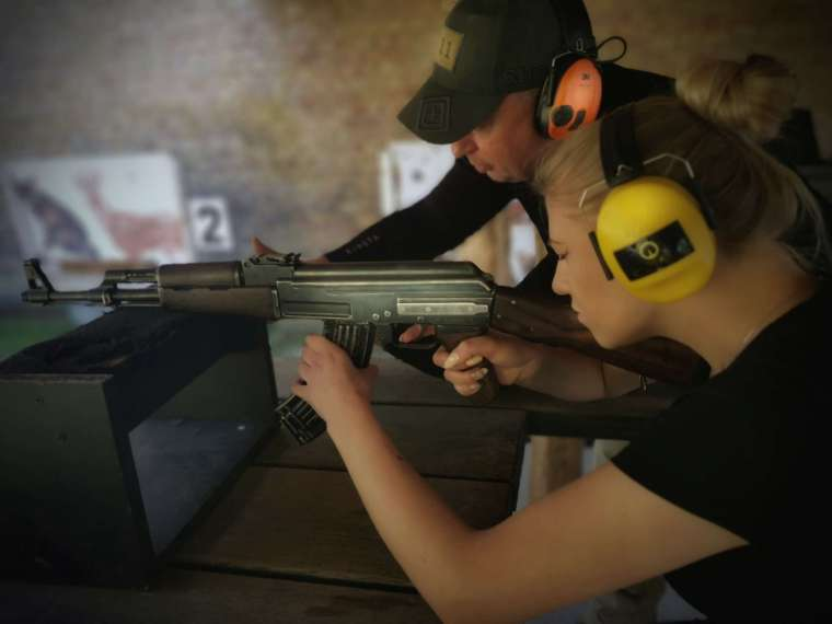 EXPERIENCED AND CERTIFIED FIREARMS INSTRUCTORS