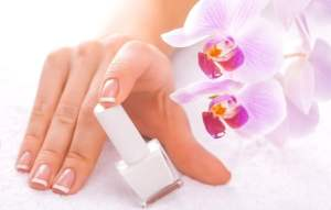Розовый френч новинки дизайна для ногтей 2017