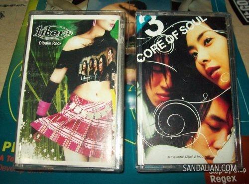 dua kaset itu