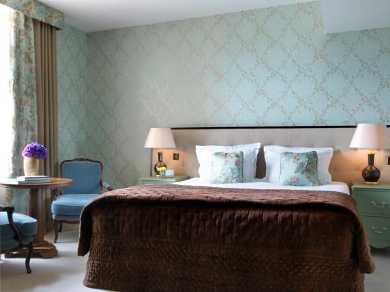 5. Kensington Deluxe Room