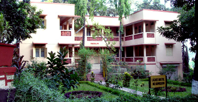 Residential Vedanta Course in Sandeepany Sadhanalaya of two year duration -  World Hindu News